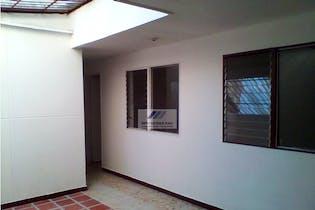 Casa en Calasanz-La América, con 4 Alcobas - 196 mt2.