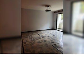 Apartamento en La Floresta, La America con 3 habitaciones y amplio balcón - 130 mt2.