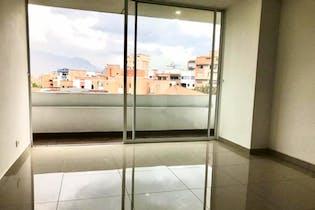 Apartamento en Conquistadores, Laureles - 87mt, tres alcobas, balcon