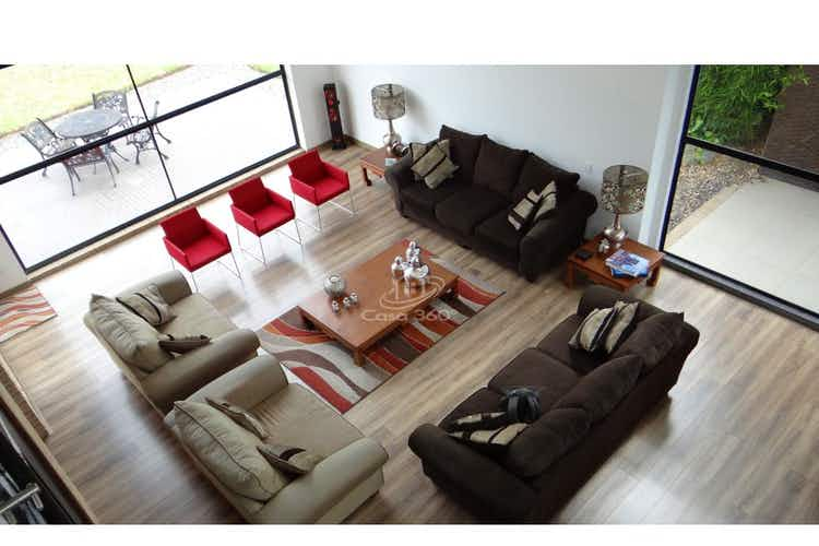 Portada Casa en venta en Santa Cruz, 4179mt de tres niveles.