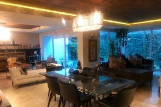 Casa en venta en Lomas de Vista Hermosa de 620 mt