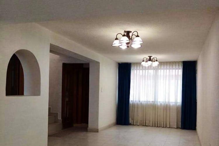 Portada Casa en Venta en Ensueños de 190 mt2. con patio