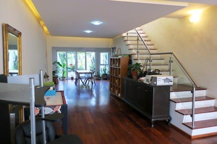 Portada Casa en venta  Del Carmen Coyoacan 261 m2 con jardín
