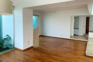 Casa en venta en La Magdalena Petlacalco de 512 mt2.