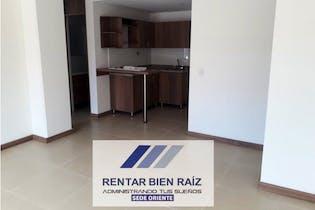 Apartamento en La Ceja, La Ceja - 65mt, tres alcobas, balcon