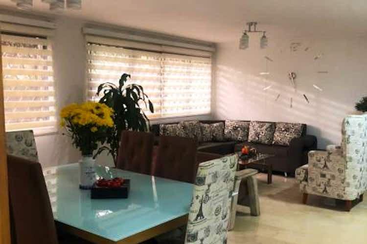 Portada Apartamento en Castropol, Poblado, 4 Habitaciones- 167m2.