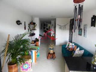 Una sala de estar llena de muebles y un árbol de navidad en Apartamento en venta en Fatima, con 3 Habitaciones