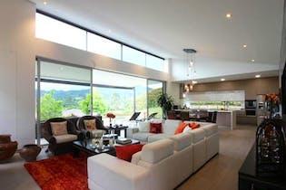 Casa en Llanogrande, Rionegro - 338mt, tres alcobas, terraza