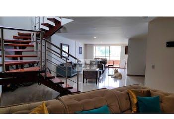 Apartamento en venta en Aves María con acceso a Jardín