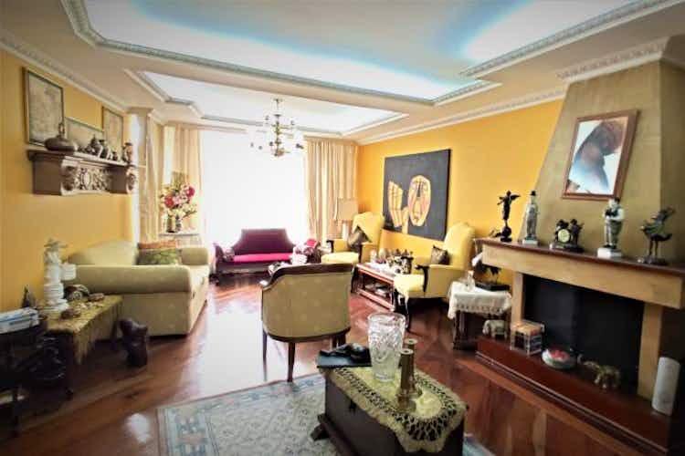Portada Casa en Cedro Golf,Cedritos, 333,75 mts2-5 Habitaciones