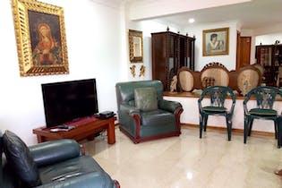 Casa en venta en Simón Bolívar de seis habitaciones