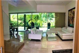 Casa en Loma del Atravezado, Envigado, 3 Habitaciones- 300m2.