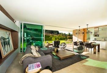 Casa en Alto de Las Palmas Indiana, Envigado, 3 Habitaciones- 442m2.