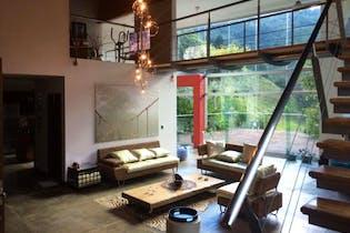 Casa en Sabaneta, 3 Habitaciones- 350m2. ,