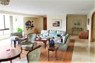Apartamento en las Lomas, Poblado, 4 Habitaciones- 238m2.