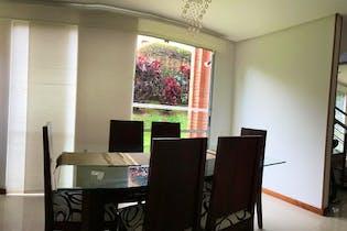 Casa en Loma de los Benedictinos, Con 3 habitaciones-188mt2