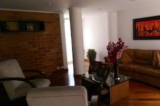 Casa en El Poblado, Con 3 habitaciones-307mt2