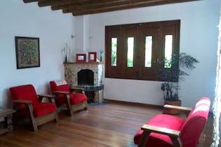 Casa en La Aldea, Con 4 habitaciones-250mt2