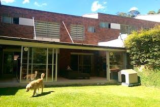 Casa en los benedictinos -144 mt2, 4 Habitaciones, 2 Parqueaderos.