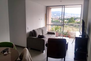 Apartamento en Porvenir 64 mt2, 3 Habitaciones, 2 Parqueaderos.
