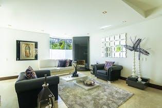 Casa en Altos Del Poblado, Con 5 habitaciones-1900mt2