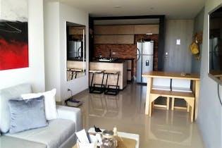 Apartamento en Las Antillas, Envigado - 78mt, tres alcobas, balcon