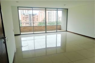 Apartamento en Castropol, Poblado - 99mt, dos alcobas, balcon
