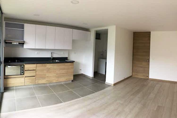 Portada Apartamento en La Cuenca, Envigado - 87mt, tres alcobas, balcon
