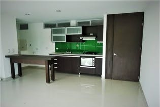 Apartamento en La Cuenca, Envigado - 65mt, tres alcobas, balcon