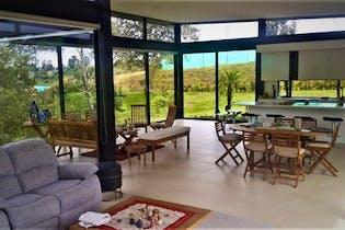 Casa en San Antonio de Pereira-Rionegro, con 3 Habitaciones - 300 mt2.