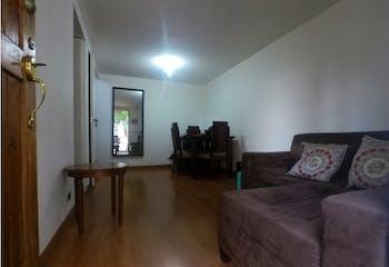 Casa en Loma del Indio, Envigado, 3 Habitaciones- 75m2.