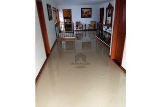 Finca en venta en copacabana, parte baja, Con 6 habitaciones-2600mt2