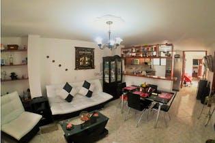 Apartamento en venta en Cabañitas de 4 hab. con Balcón...