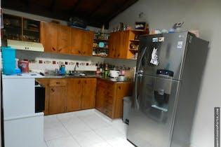 Apartamento en venta en La Milagrosa de 4 hab. con Balcón...