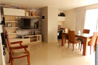 Apartamento en venta en Los Almendros, 85m² con Balcón...