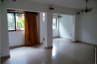Casa en venta en Calasanz de 4 hab. con Bbq...