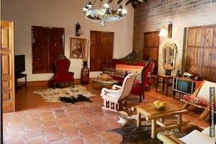 Finca en San Jerónimo. Con 10 habitaciones-17500mt2