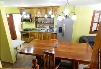 Finca en venta en San Jose, Rionegro. Con 5 habitaciones-5100mt2