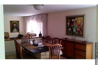 Casa en venta en Envigado, El Portal. Con 5 habitaciones-365mt2