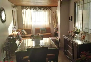 Apartamento en Simon Bolivar, La America - 70mt, tres alcobas, balcon