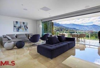 Apartamento en Los Balsos, Poblado - 267mt, tres alcobas, terraza