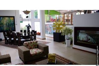 Casa en venta en La Caro, 1000mt con piscina cubierta.