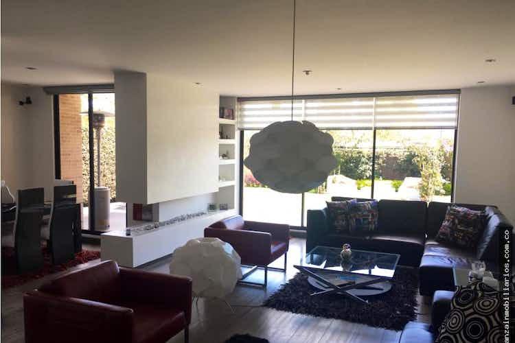 Portada Casa en venta en Canelon, 210mt con chimenea a gas.