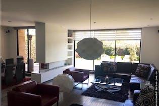 Casa en venta en Canelon, 210mt con chimenea a gas.