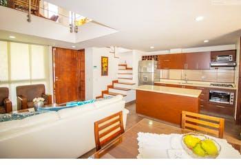 Casa en venta en La Estrella, 132mt de tres niveles.