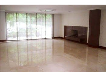 Casa en venta en La Aguacatala, 570mt con jacuzzi