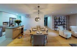 Apartamento en venta en Loma de las Brujas, 166mt con balcon.