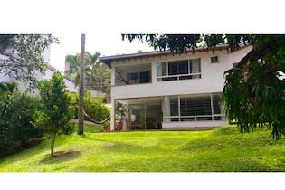 Casa en venta en San Lucas de 4 Habitaciones con balcón.