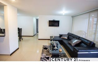 Apartamento en venta en Los Balsos de 3 alcobas