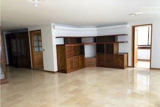 Apartamento en venta en La Aguacatala con acceso a Zonas húmedas